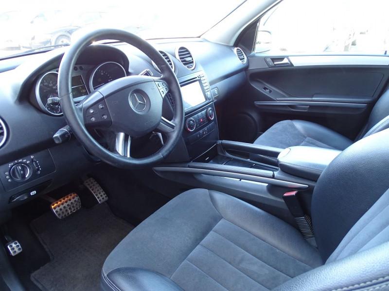 Photo 8 de l'offre de MERCEDES-BENZ CLASSE ML (W164) 280 CDI à 10990€ chez International Auto Auneau