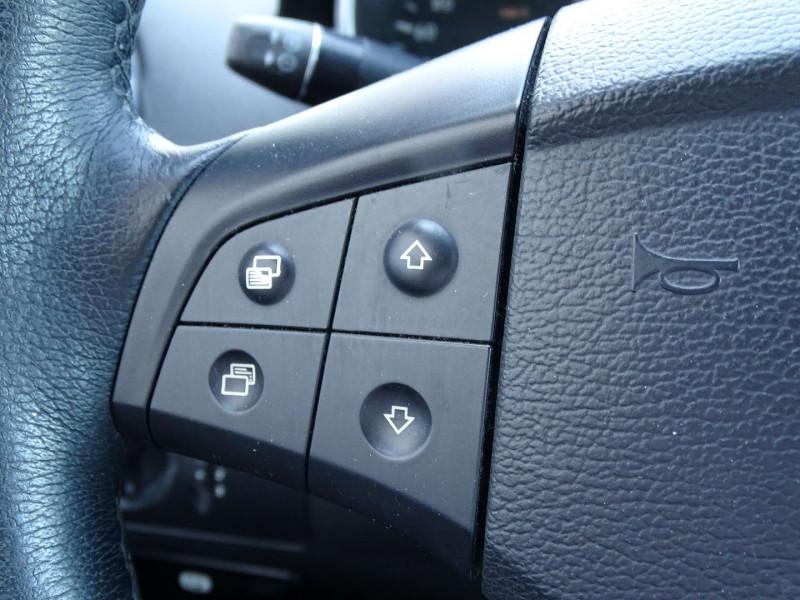 Photo 12 de l'offre de MERCEDES-BENZ CLASSE ML (W164) 280 CDI à 10990€ chez International Auto Auneau