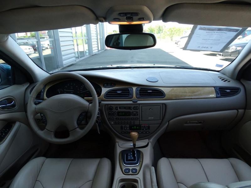 Photo 12 de l'offre de JAGUAR S-TYPE 3.0 V6 PACK SPORT BA à 7490€ chez International Auto Auneau