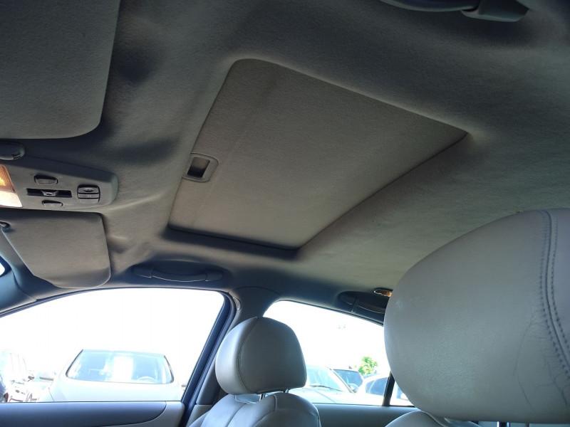 Photo 15 de l'offre de JAGUAR S-TYPE 3.0 V6 PACK SPORT BA à 7490€ chez International Auto Auneau