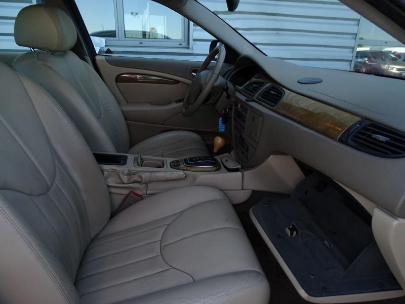Photo 7 de l'offre de JAGUAR S-TYPE 3.0 V6 PACK SPORT BA à 7490€ chez International Auto Auneau