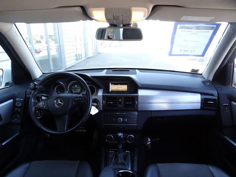 Photo 7 de l'offre de MERCEDES-BENZ CLASSE GLK (X204) 220 CDI BE 4 MATIC à 13790€ chez International Auto Auneau