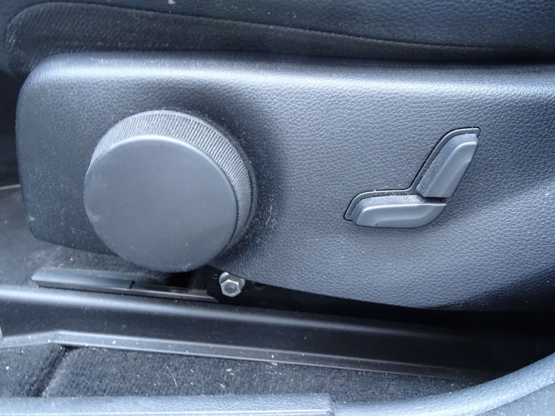 Photo 13 de l'offre de MERCEDES-BENZ CLASSE GLK (X204) 220 CDI BE 4 MATIC à 13790€ chez International Auto Auneau