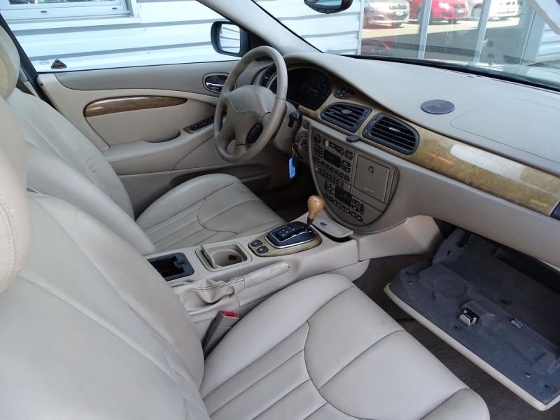 Photo 8 de l'offre de JAGUAR S-TYPE 3.0 V6 PACK SPORT BA à 7490€ chez International Auto Auneau