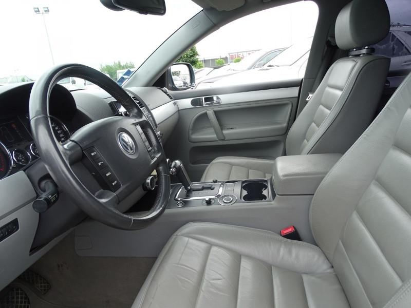 Photo 4 de l'offre de VOLKSWAGEN TOUAREG 3.0 V6 TDI 225CH CARAT TIPTRONIC à 12990€ chez International Auto Auneau