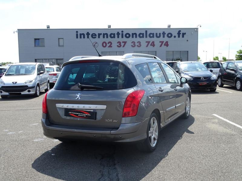 Photo 2 de l'offre de PEUGEOT 308 SW 1.6 THP 16V FELINE BAA à 6890€ chez International Auto Auneau