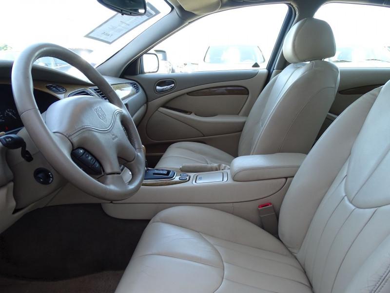 Photo 3 de l'offre de JAGUAR S-TYPE 3.0 V6 PACK SPORT BA à 7490€ chez International Auto Auneau