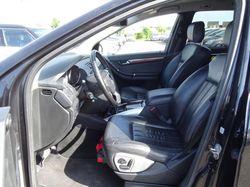 Photo 3 de l'offre de MERCEDES-BENZ CLASSE R (W251) 320 CDI PACK LUXE 7GTRO à 11490€ chez International Auto Auneau