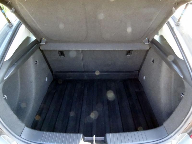 Photo 18 de l'offre de CHEVROLET CRUZE 2.0VCDI LTZ 5P à 6990€ chez International Auto Auneau