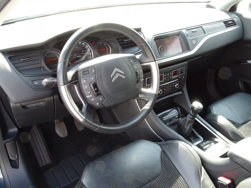 Photo 7 de l'offre de CITROEN C5 2.2 HDI173 FAP EXCLUSIVE à 8690€ chez International Auto Auneau