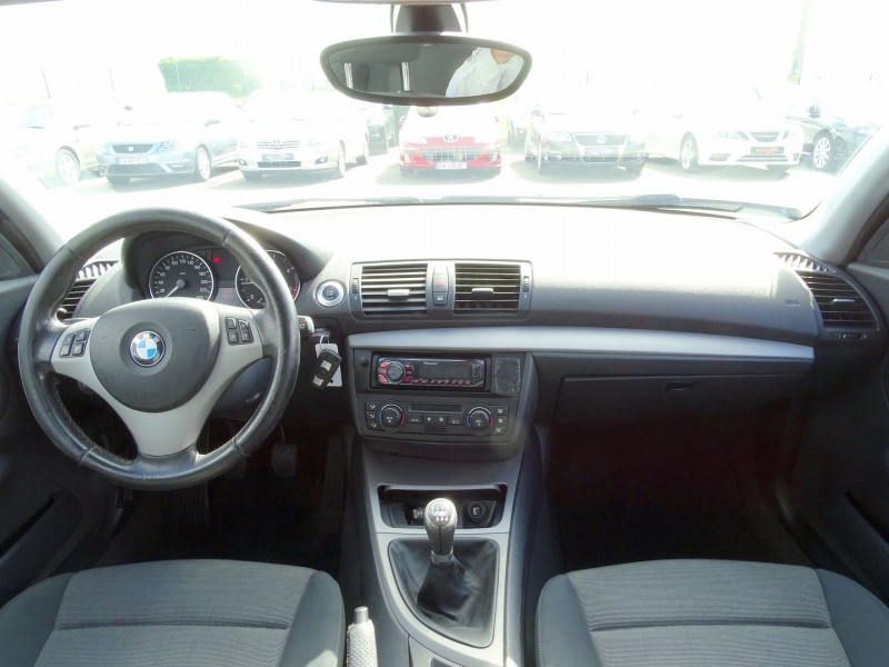 Photo 14 de l'offre de BMW SERIE 1 (E81/E87) 118D 122CH CONFORT 5P à 5890€ chez International Auto Auneau