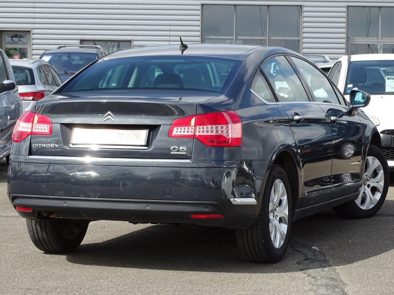 Photo 2 de l'offre de CITROEN C5 2.2 HDI173 FAP EXCLUSIVE à 8690€ chez International Auto Auneau