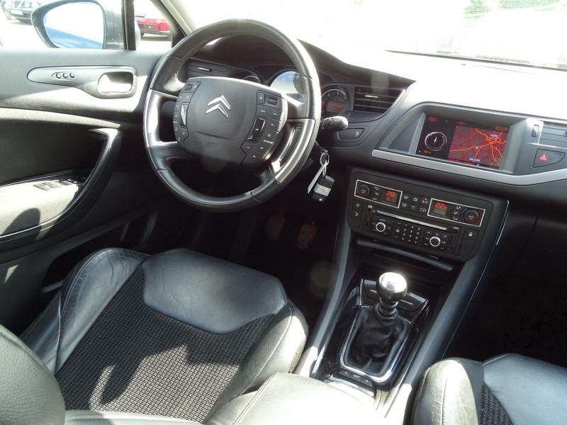 Photo 10 de l'offre de CITROEN C5 2.2 HDI173 FAP EXCLUSIVE à 8690€ chez International Auto Auneau