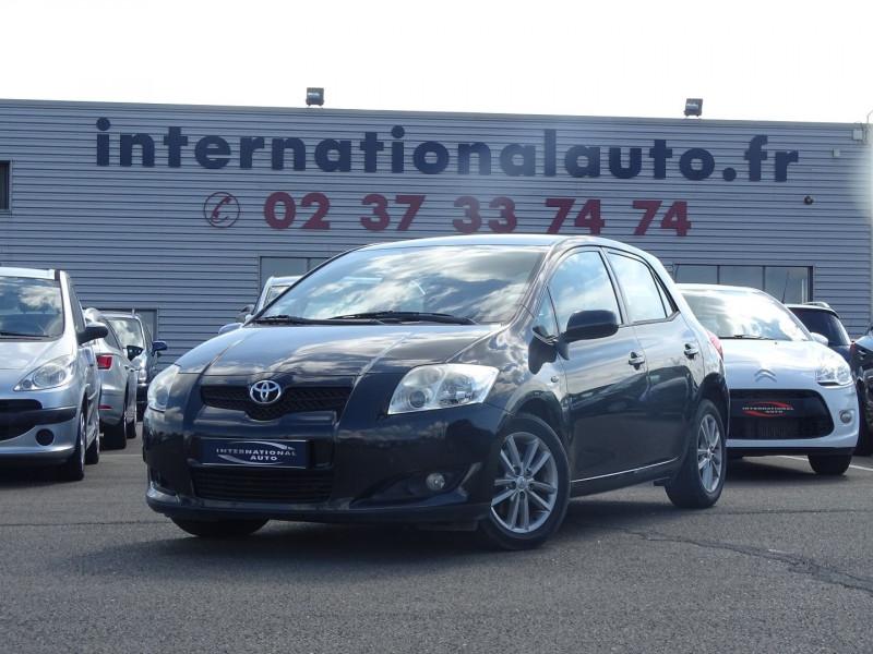 Photo 18 de l'offre de TOYOTA AURIS 126 D-4D FAP DYNAMIC PACK GPS 5P à 6890€ chez International Auto Auneau