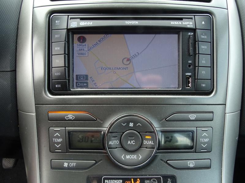 Photo 9 de l'offre de TOYOTA AURIS 126 D-4D FAP DYNAMIC PACK GPS 5P à 6890€ chez International Auto Auneau