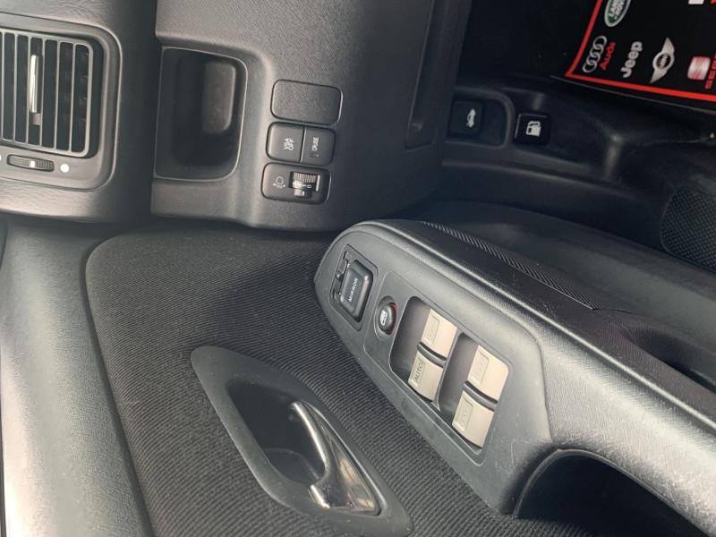 Photo 13 de l'offre de HONDA CR-V 2.2 I-CTDI LS à 7190€ chez International Auto Auneau
