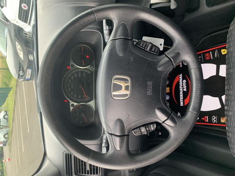 Photo 12 de l'offre de HONDA CR-V 2.2 I-CTDI LS à 7190€ chez International Auto Auneau