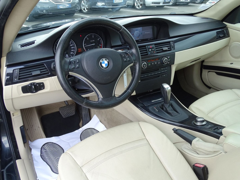 Photo 6 de l'offre de BMW SERIE 3 COUPE (E92) 320DA 177CH LUXE à 10790€ chez International Auto Auneau