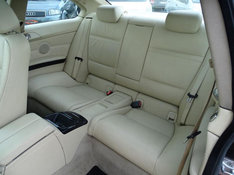 Photo 9 de l'offre de BMW SERIE 3 COUPE (E92) 320DA 177CH LUXE à 10790€ chez International Auto Auneau