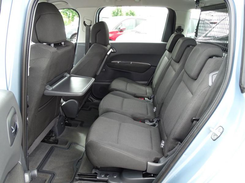 Photo 10 de l'offre de PEUGEOT 5008 1.6 VTI 16V CONFORT PACK 5PL à 6190€ chez International Auto Auneau