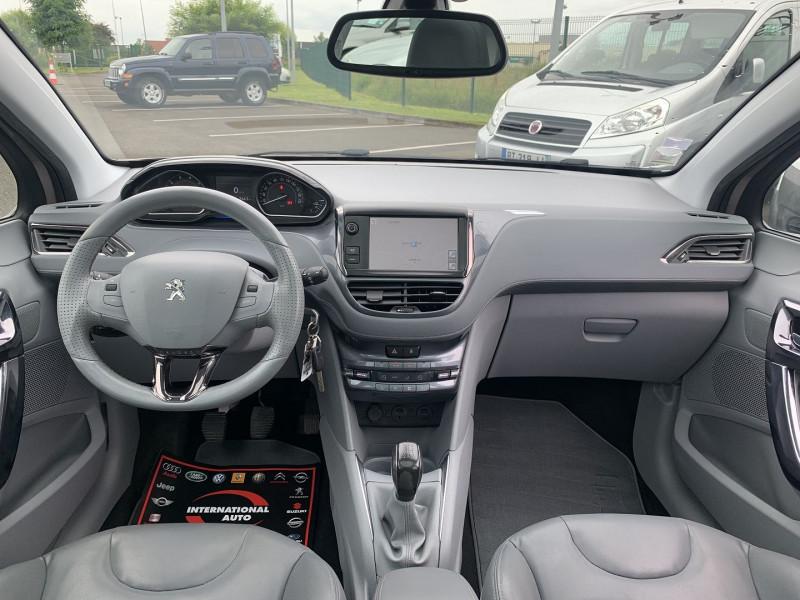 Photo 9 de l'offre de PEUGEOT 208 1.6 VTI ALLURE 5P à 8690€ chez International Auto Auneau