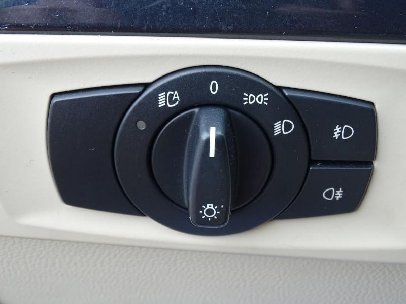 Photo 7 de l'offre de BMW SERIE 3 COUPE (E92) 320DA 177CH LUXE à 10790€ chez International Auto Auneau