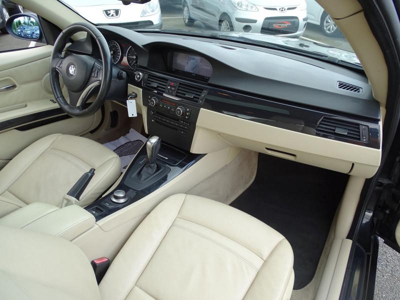 Photo 13 de l'offre de BMW SERIE 3 COUPE (E92) 320DA 177CH LUXE à 10790€ chez International Auto Auneau