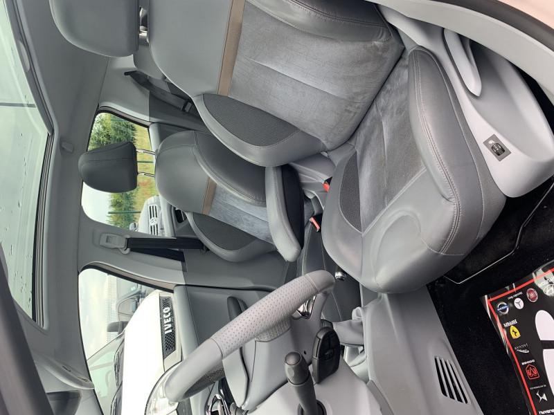 Photo 4 de l'offre de PEUGEOT 208 1.6 VTI ALLURE 5P à 8690€ chez International Auto Auneau