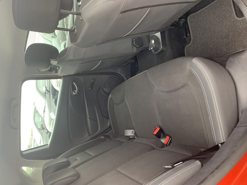 Photo 6 de l'offre de RENAULT CLIO IV 0.9 TCE 90CH TREND 5P à 9390€ chez International Auto Auneau