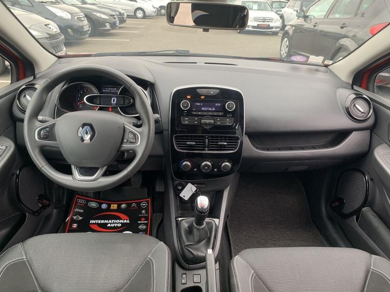 Photo 8 de l'offre de RENAULT CLIO IV 0.9 TCE 90CH TREND 5P à 9390€ chez International Auto Auneau