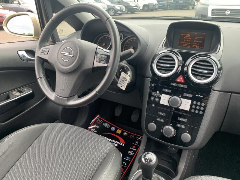 Photo 11 de l'offre de OPEL CORSA 1.4 TWINPORT COSMO 5P à 5590€ chez International Auto Auneau