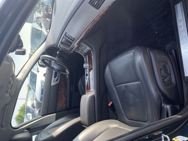 Photo 5 de l'offre de JAGUAR XF 2.7D BI-TURBO LUXE PREMIUM à 13390€ chez International Auto Auneau