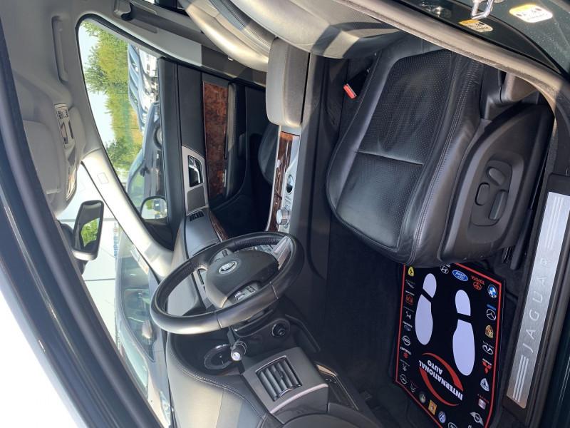Photo 3 de l'offre de JAGUAR XF 2.7D BI-TURBO LUXE PREMIUM à 13390€ chez International Auto Auneau