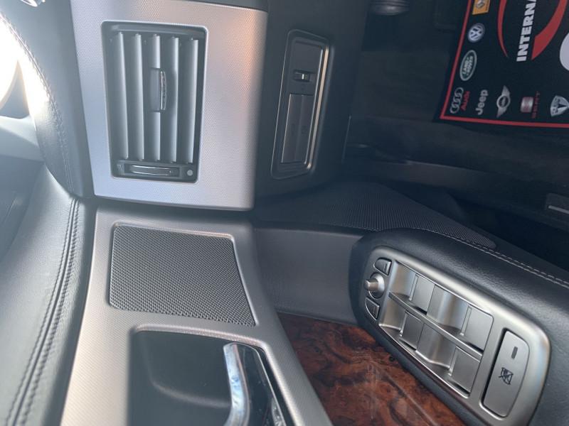 Photo 13 de l'offre de JAGUAR XF 2.7D BI-TURBO LUXE PREMIUM à 13390€ chez International Auto Auneau