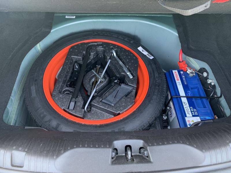 Photo 18 de l'offre de JAGUAR XF 2.7D BI-TURBO LUXE PREMIUM à 13390€ chez International Auto Auneau