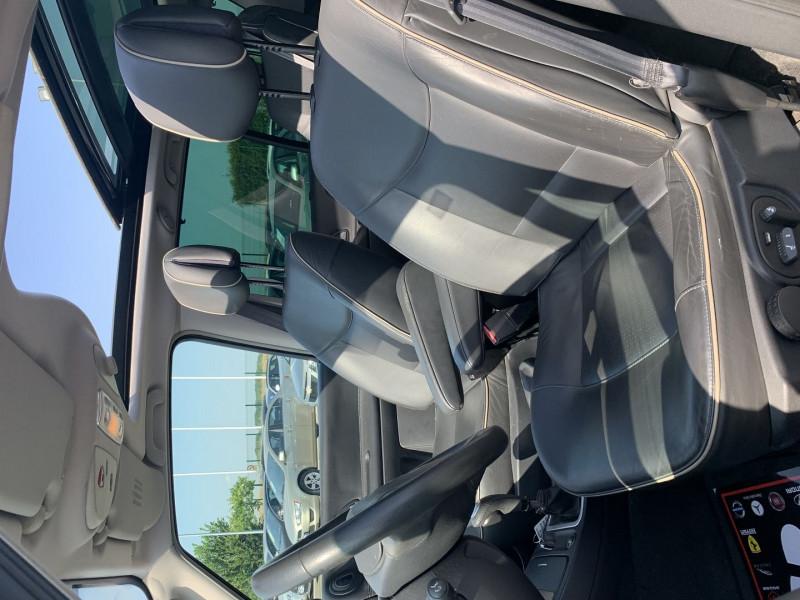 Photo 4 de l'offre de RENAULT ESPACE IV 3.0 V6 DCI 180CH INITIALE BVA à 10690€ chez International Auto Auneau