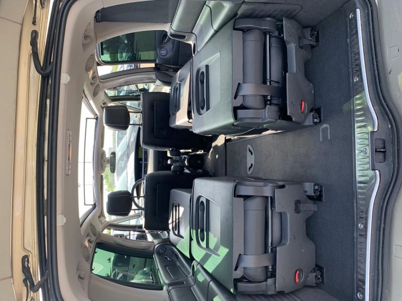 Photo 14 de l'offre de RENAULT ESPACE IV 3.0 V6 DCI 180CH INITIALE BVA à 10690€ chez International Auto Auneau