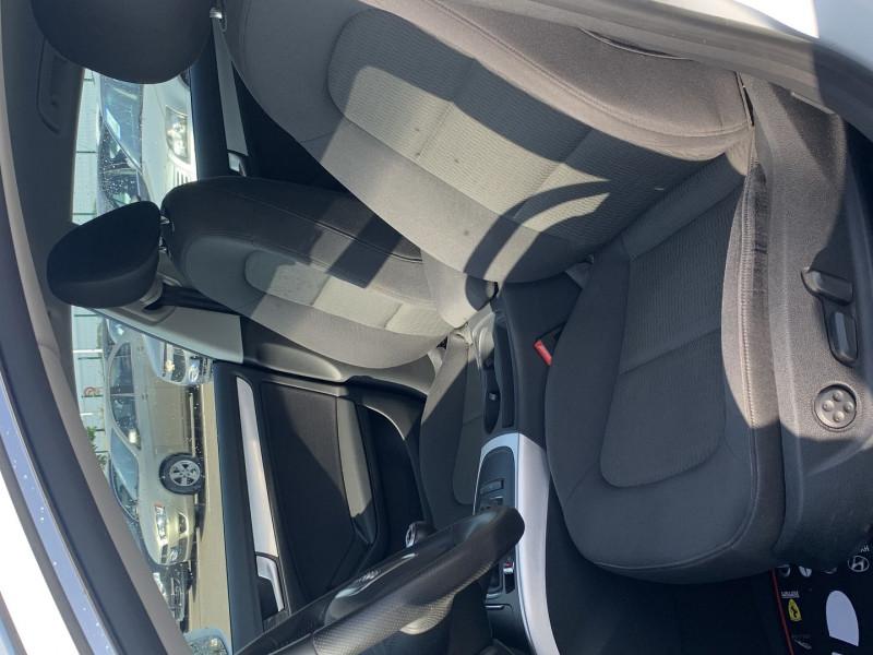 Photo 4 de l'offre de AUDI A5 SPORTBACK 2.0 TFSI 180CH ATTRACTION à 17490€ chez International Auto Auneau