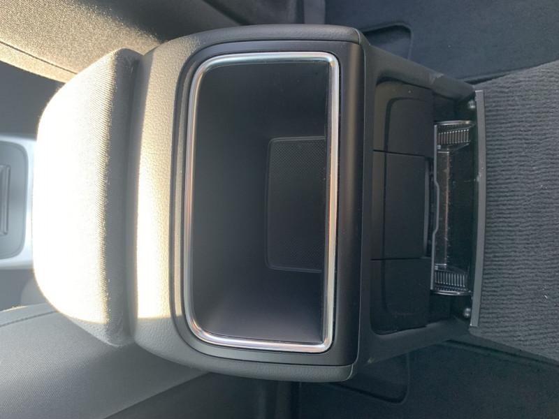 Photo 16 de l'offre de AUDI A5 SPORTBACK 2.0 TFSI 180CH ATTRACTION à 17490€ chez International Auto Auneau