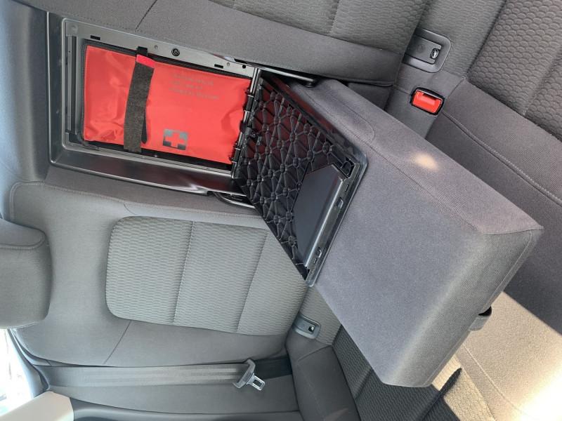 Photo 14 de l'offre de AUDI A5 SPORTBACK 2.0 TFSI 180CH ATTRACTION à 17490€ chez International Auto Auneau