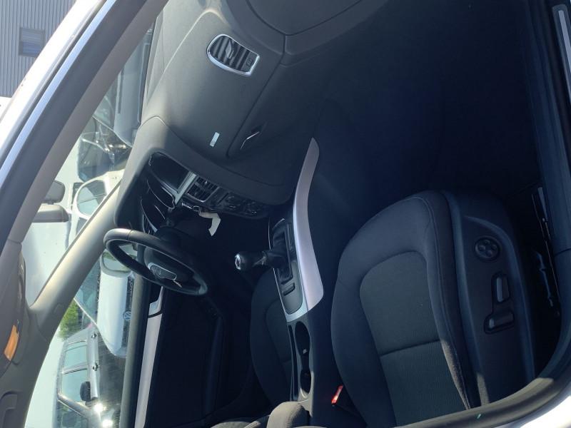 Photo 5 de l'offre de AUDI A5 SPORTBACK 2.0 TFSI 180CH ATTRACTION à 17490€ chez International Auto Auneau