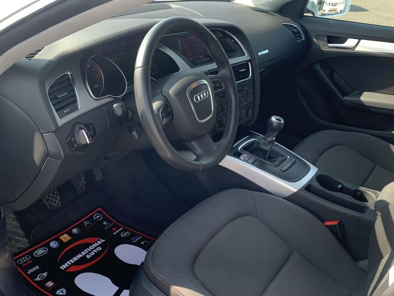 Photo 3 de l'offre de AUDI A5 SPORTBACK 2.0 TFSI 180CH ATTRACTION à 17490€ chez International Auto Auneau