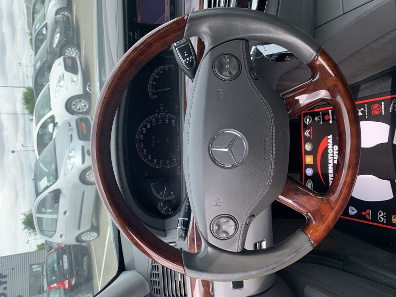 Photo 9 de l'offre de MERCEDES-BENZ CLASSE S (W221) 320 CDI 7GTRO à 15990€ chez International Auto Auneau