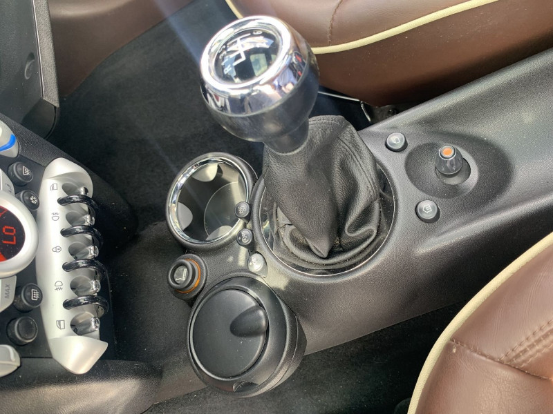 Photo 12 de l'offre de MINI CLUBMAN COOPER S 175CH à 9990€ chez International Auto Auneau