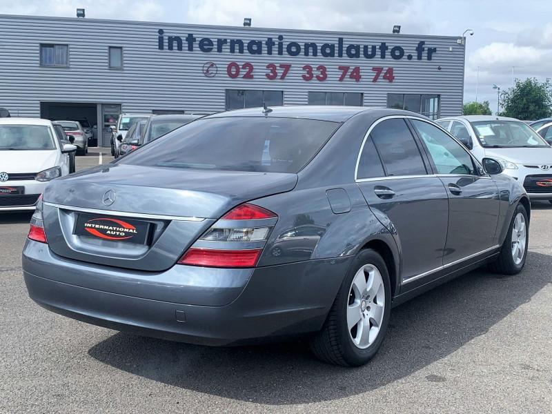 Photo 2 de l'offre de MERCEDES-BENZ CLASSE S (W221) 320 CDI 7GTRO à 15990€ chez International Auto Auneau