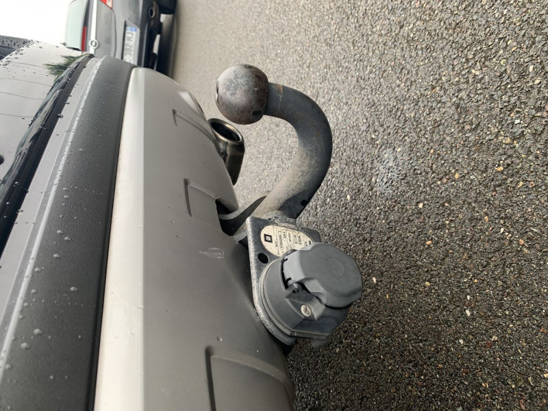 Photo 17 de l'offre de CHEVROLET CAPTIVA 2.2 VCDI163 LT+ FWD à 11590€ chez International Auto Auneau