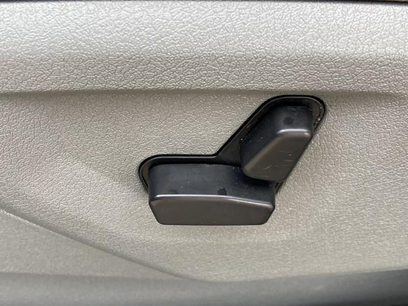 Photo 7 de l'offre de JEEP GRAND CHEROKEE 3.0 CRD LIMITED à 12490€ chez International Auto Auneau