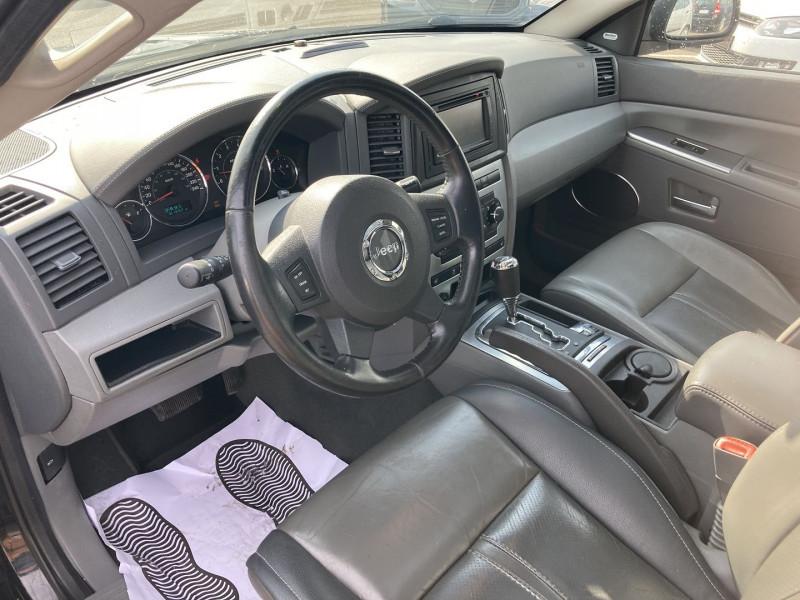 Photo 8 de l'offre de JEEP GRAND CHEROKEE 3.0 CRD LIMITED à 12490€ chez International Auto Auneau