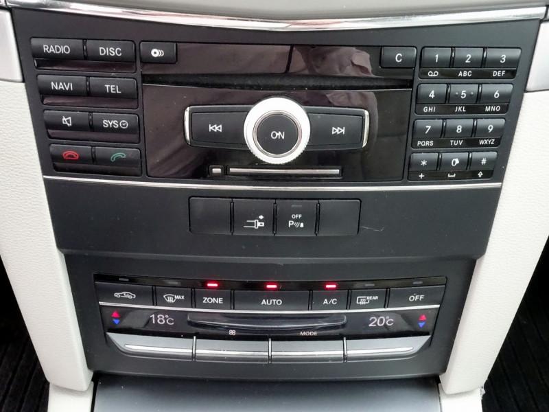 Photo 13 de l'offre de MERCEDES-BENZ CLASSE E COUPE (C207) 350 CDI EXECUTIVE BE BA à 15890€ chez International Auto Auneau