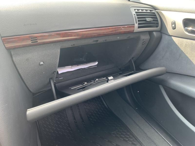 Photo 15 de l'offre de PEUGEOT 407 SW 2.0 HDI136 EXECUTIVE PACK à 4590€ chez International Auto Auneau